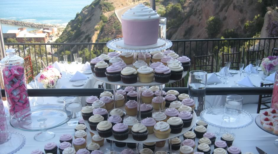 Custom Wedding Cakes Cupcakes