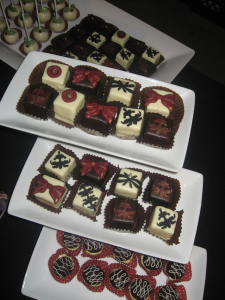 It s All About The Cake - Petit Four Mini Desserts - A ...